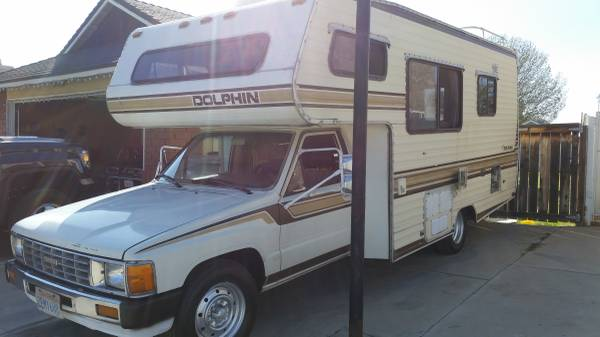1987 1988 Toyota Dolphin Motorhome For Sale in Palm Springs CA