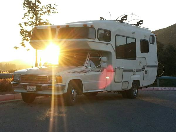 1989 Toyota Sunrader Motorhome For Sale in Temecula CA