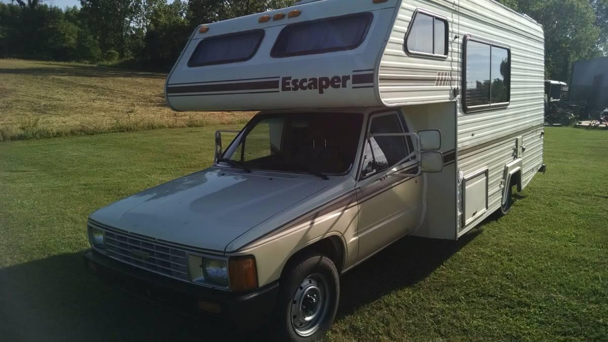 1987 Toyota Escaper Motorhome For Sale in Berrien Springs, MI