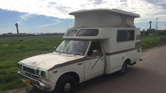 1974 Toyota Chinook Hilux Camper For Sale in San Diego, CA - $3,500