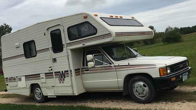 987 Winnebago Warrior R22 Fuel Injected Auto 20FT Motorhome For Sale in Northern, Minnesota.