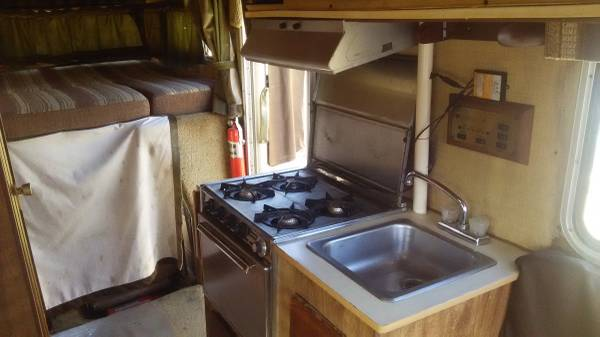 country kitchen bakersfield 1984 toyota sunrader motorhome for in bakersfield ca 2731