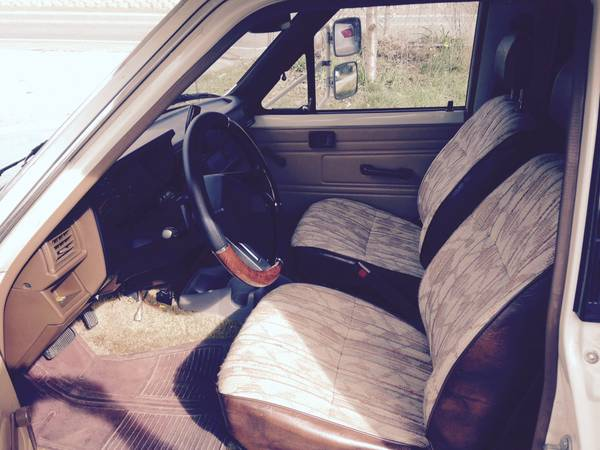 1986 Toyota Dolphin Motorhome For Sale in Grass Valley CA