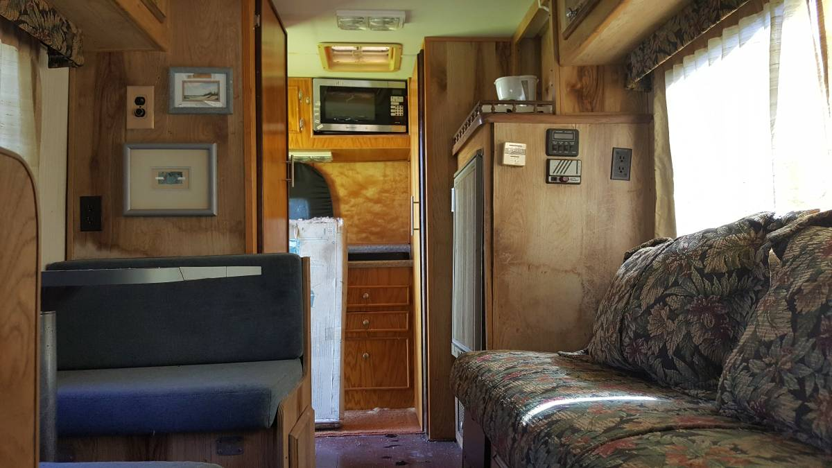 1991 Toyota New Horizon Motorhome For Sale in Haines City, FL