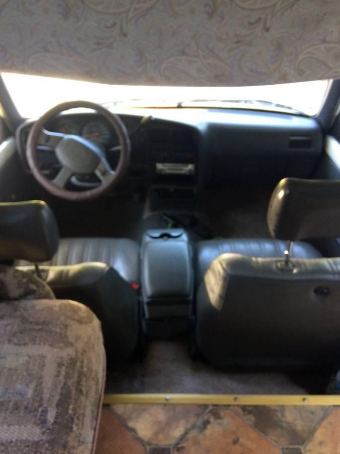 1993 Toyota Winnebago Motorhome For Sale in Lexington, TN